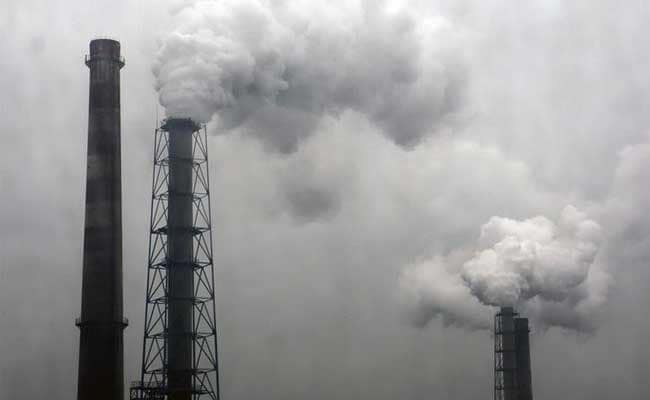 Air Pollution May Cause Blood Vessel Damage, Says Study