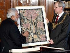 PM Narendra Modi Gifts Madhubani Painting to Hannover Mayor