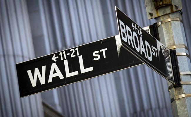 Dow Falls 53 Points As Energy Stocks Drag