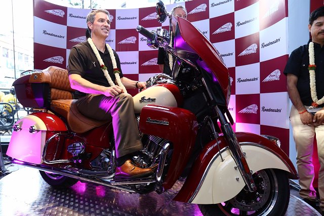 2015 Indian Roadmaster and Chief Dark Horse Launched in India