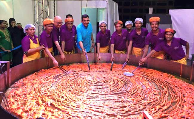 This is what the worlds largest Jalebi looks like… and this is what they call a Jalebi!