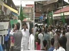 Pakistan, Lashkar-e-Taiba Flags Waved at Protest in Srinagar