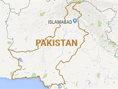Suicide Bomber Kills 1, Wounds 6 in Pakistan: Police