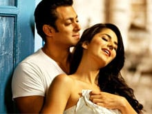 Kashmir Connection: Salman Khan Tells Twitter He's Reminded of Katrina Kaif