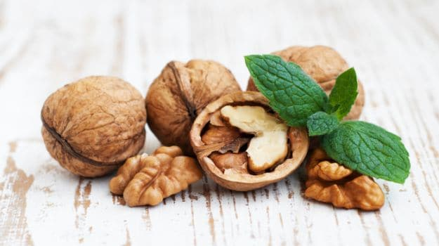 The Walnut Diet: Regular Dose of the Nut May Help Slow Cancer Growth