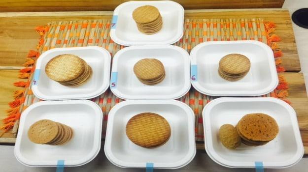 digestive-biscuit-taste-test-2
