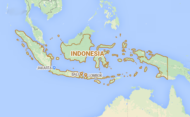 Rescuers Struggle To Reach Stricken Indonesian Ferry
