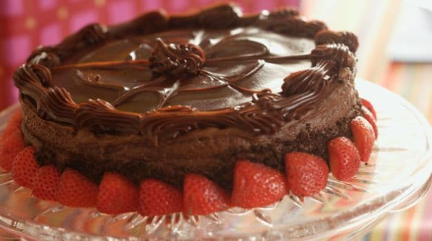 Chocolate cake recipes pictures