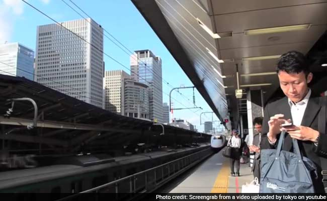 Japanese Bullet Train's 7-Minute Scrub Goes Viral