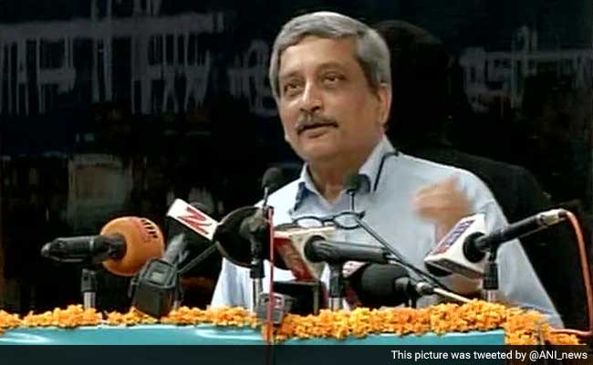 'No War in Decades, Respect for Army Has Diminished,' Says Defence Minister Manohar Parrikar