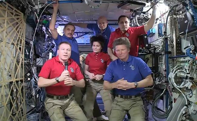 international space station astronauts return to earth - photo #24