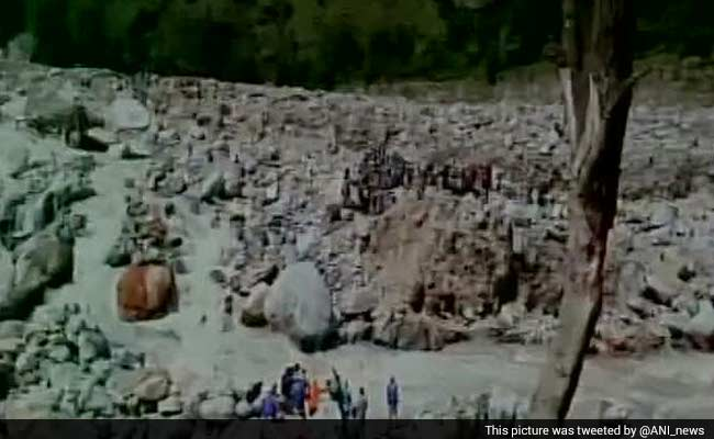 Over 1,000 Pilgrims Evacuated in Uttarakhand