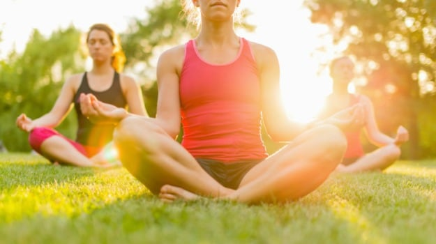 different-types-of-yoga-and-their-many-health-benefits-1