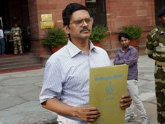 Amitabh Thakur's House Searched by Vigilance Sleuths