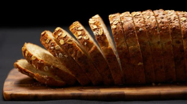 Soft, Spongy & Moist: How to Make White Bread