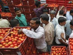 Inflation Likely Edged Up To 5.52% In May: Poll