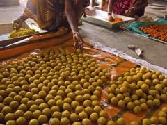 Laddus Of Nearly 30,000 Kg Make A Splash At Ganesh Festivities