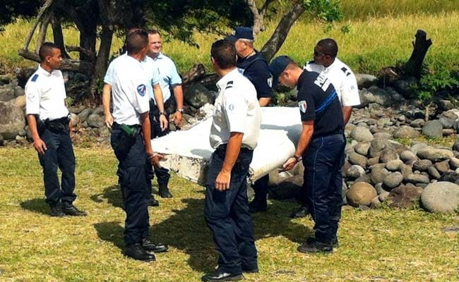 Malaysia Investigators Meet With French Officials On MH370