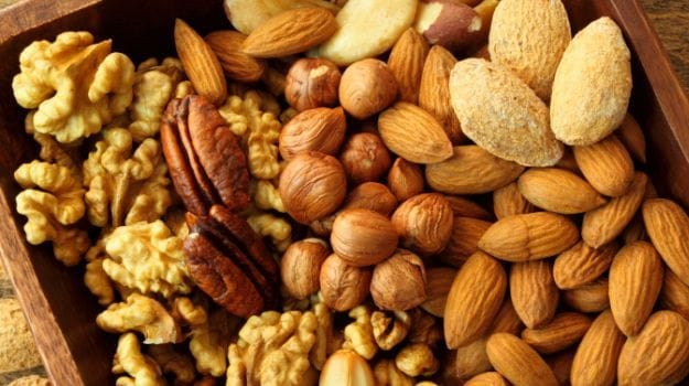 The Nutty Affair: Which Nuts Should You Have Daily and How Many?