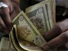 Rupee Ends Higher at 63.40/Dollar, Gains for 5th Day