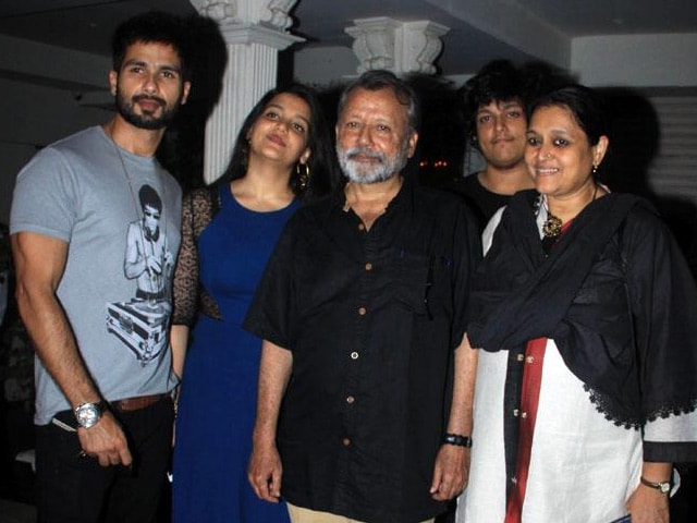 Family photo of the actor model  famous for  Ishq Vishk & Vivah, Kaminey.