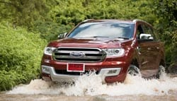 Ford Endeavour Gets Discounts For The Festive Season