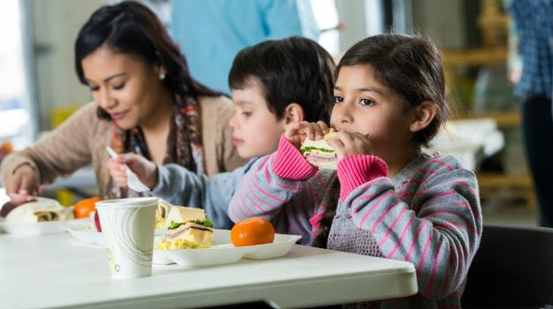 Children with Picky Eating Habits Maybe at Risk for Depression