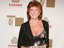Singer Cilla Black Dies at 72, Tributes Pour in on Twitter