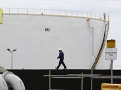 Crude Oil Futures Rise After US Stockpiles Fall
