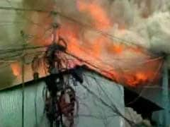 Fire Breaks Out at a Factory in West Bengal's Baranagar, 11 Fire Engines Rushed