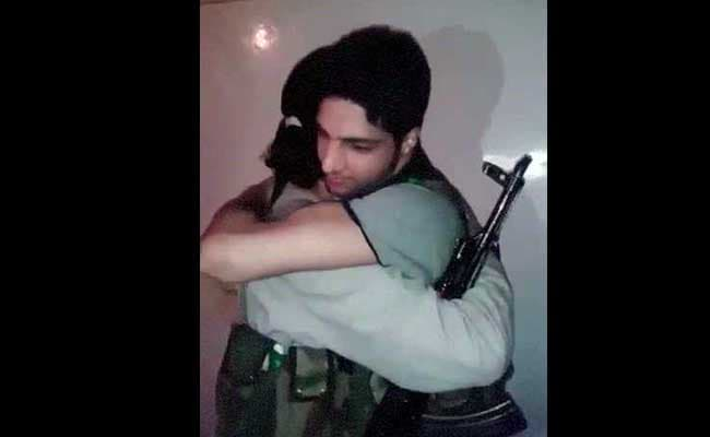Rs 10 Lakhs Offer to Find Burhan, 21, Who is All Over Social Media