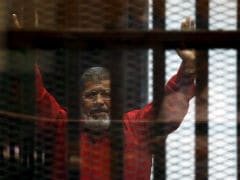 Egypt Court Overturns Life Sentence Against Ex-President Mohamed Mursi