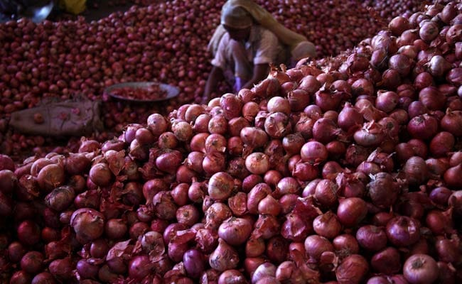 As Prices Soar, 700 kg of Onion Stolen From a Market in Mumbai