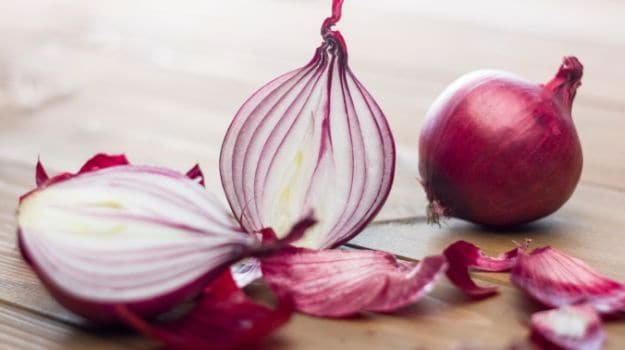 Onions for Hair Fall: An Inexpensive Way to Promote Hair Growth ...