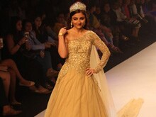 Soha Ali Khan: Difficult to be Part of the 'Critical' Fashion World