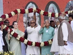 At Massive Bihar Rally, Nitish Kumar, Sonia Gandhi and Lalu Prasad Take on PM Modi