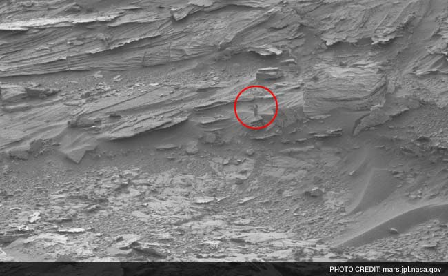 Can You Spot a Woman in NASA's Pic of Mars? Social Media Can