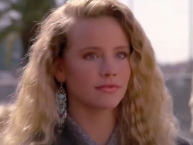 Amanda peterson can t buy me love actress dies at 43 reports ndtv