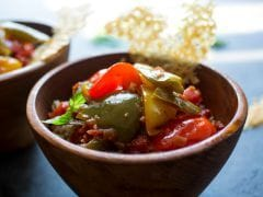 A Stew of Peppers Dresses Up Brown Rice