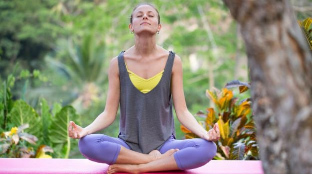 Train Your Brain to be Happy: 6 Surprising Health Benefits of Meditation