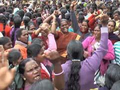 Veteran Leader Achuthanandan Joins Tea Workers Protest in Kerala's Munnar