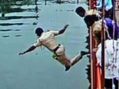 Kumbh Super-Cop: He Jumped 20 Feet Into the River to Save a Life