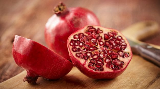 5 Health Benefits of Pomegranate & How to Cook with it