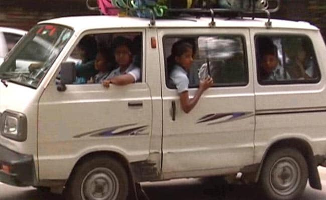 Delhi's Dangerous School Vans: Children Forced to Sit on CNG Cylinders