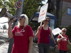 Seattle Schools Canceled for Second Day as Teachers Strike Over Pay, Hours