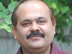 जमाने में हम : दिल्ली का साहित्य जगत और निर्मला जैन के संघर्ष की कथा