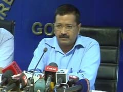 Arvind Kejriwal Meets Minister, Officials Over Complaints of Power Cuts