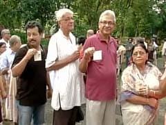 Violence Mars Bengal Civic Polls; Crude Bomb Attacks in Bidhanagar, Asansol