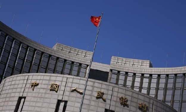 China Steps Up Efforts to Stabilise Yuan, Stocks Still Fragile
