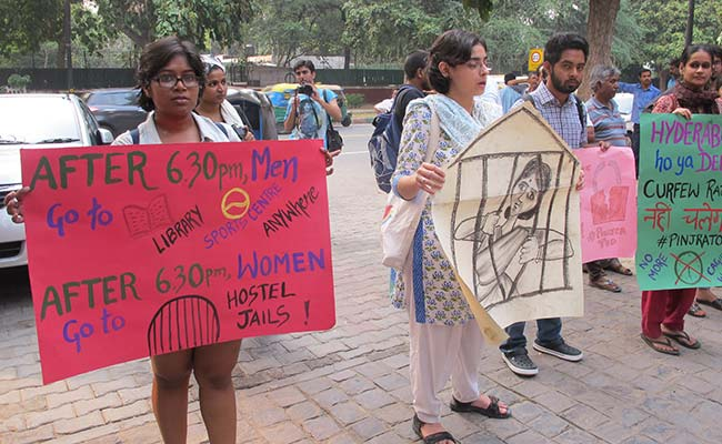 Indian Women Push Back Against Campus Curfews
